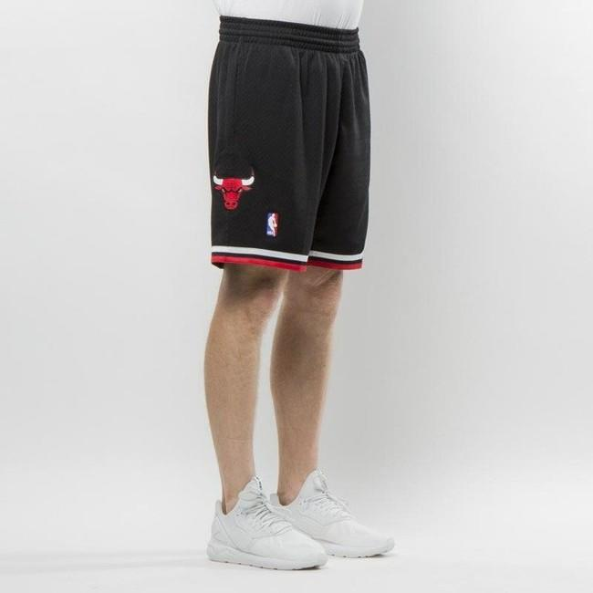 Mitchell & Ness Chicago Bulls black Swingman Shorts
