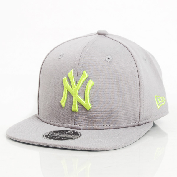Kšiltovka New Era 9Fifty Jersey Pop NY Yankees Grey - S/M