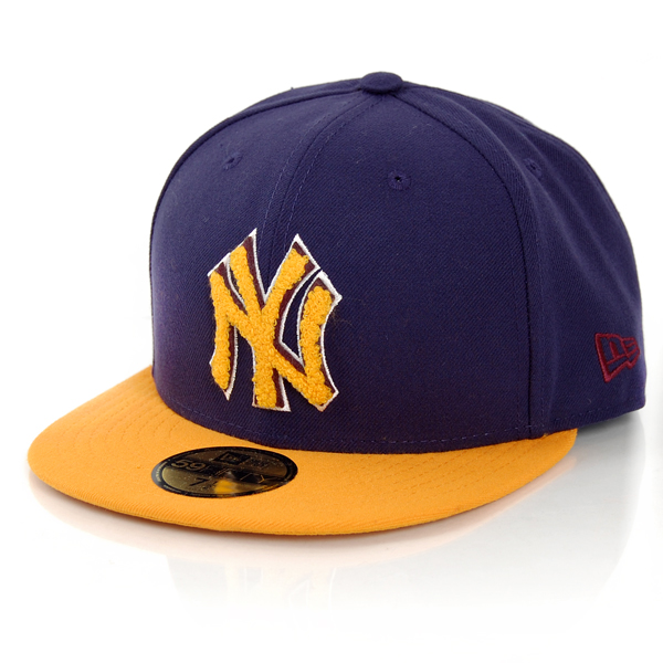New Era Chenille Plique NY Yankees Cap - 7 1/2