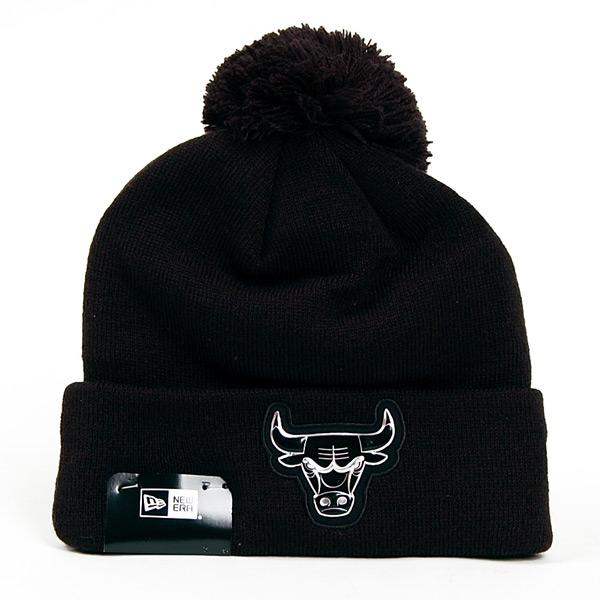 Kulich New Era Logo Shine Bobble Chicago Bulls Winter Cap - UNI